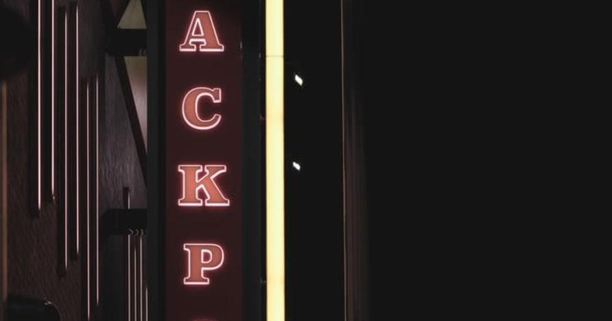 Consejos probados y verdaderos para ganar más botes de video póquer